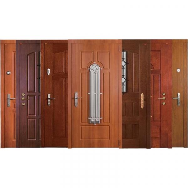 Двери в ассортименте