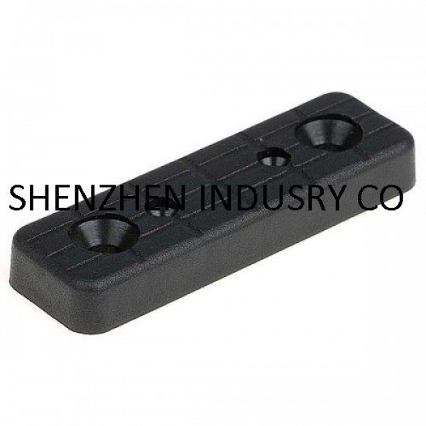 Пластмассовый подпятник - фурнитура для защиты пола или напольного покрытия от повреждений
