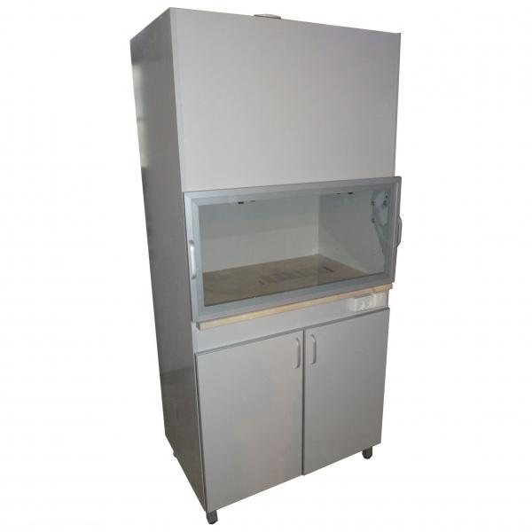 Шкаф вытяжной для работы в лаборатории