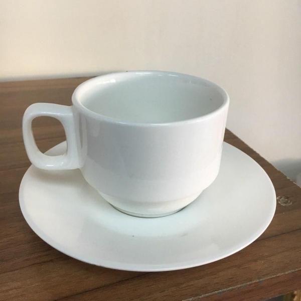 Чашка с блюдцем керамическая для кофе и чая