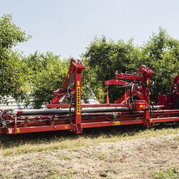 Cherries, plums, almonds, apples harvester MAJA AUTOMATIC LK