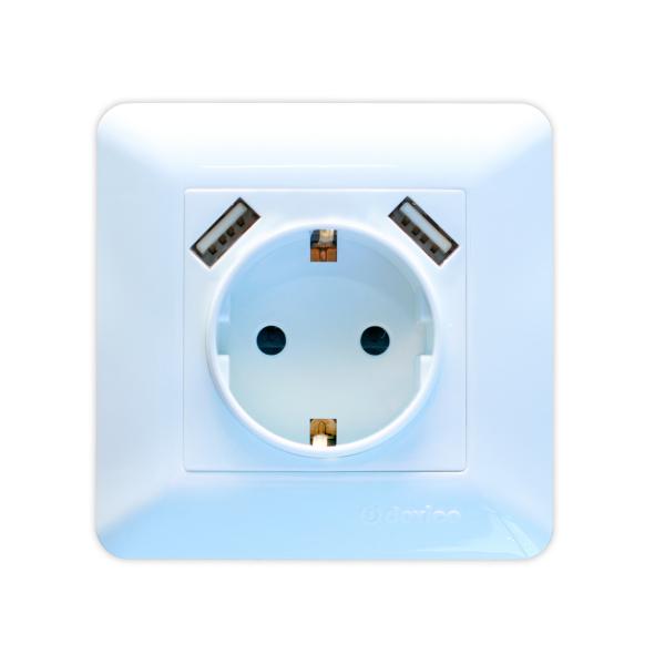 Розетка с заземлением и USB-портом