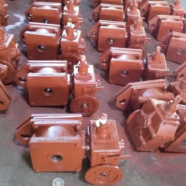 Подъемники винтовые для затворов гидротехнических сооружений грузоподъемностью до 20тс.