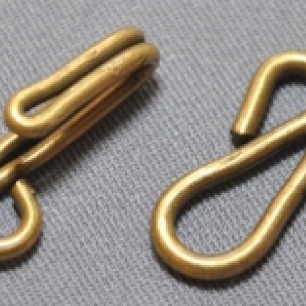 Крючки и петли для одежды
